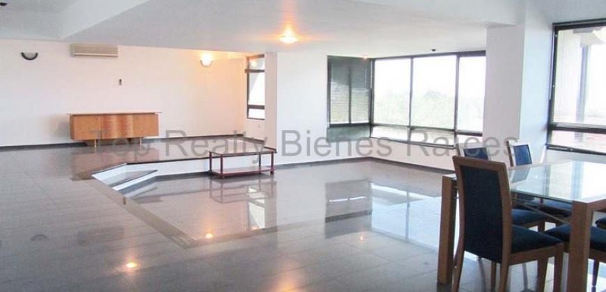 Amplio Apartamento Resd. Loefling Plaza