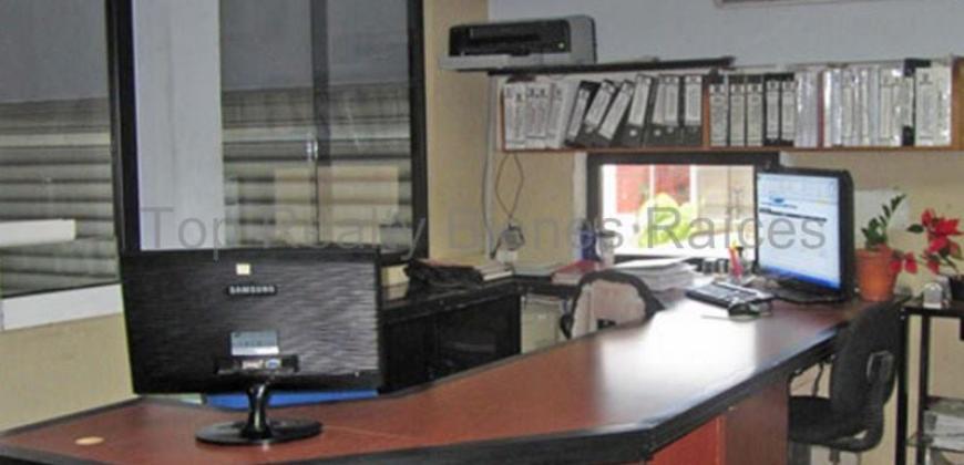 Galpón y areas administrativas.